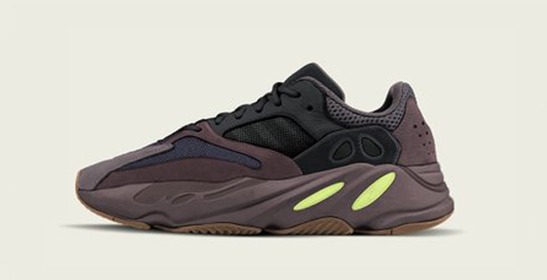 Yeezy 700 Wave Runner Svarta