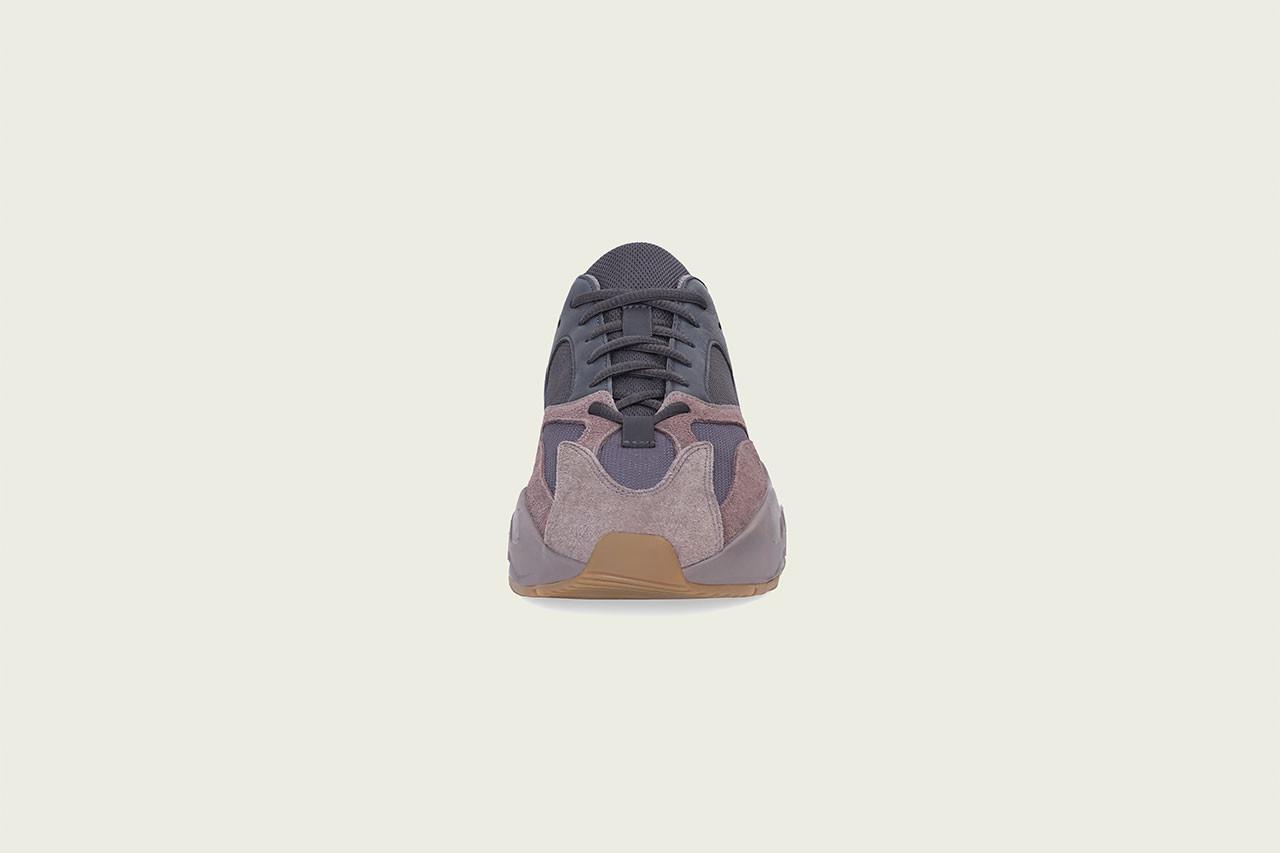 "adidas YEEZY BOOST 700 ""Mauve"