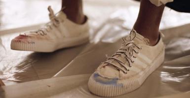 "best service c1290 b16dc adidas visar upp sitt samarbete med Donald Glover – ""Donald Glover Presents"""
