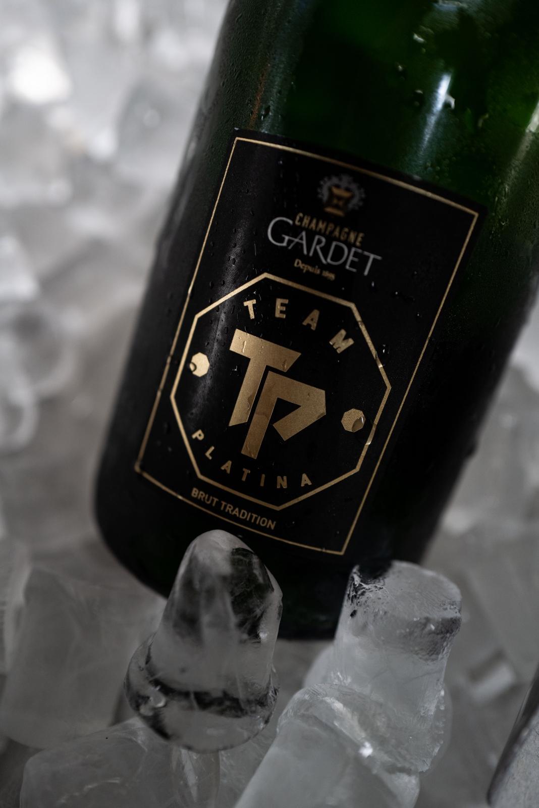 Team Platina Champagne
