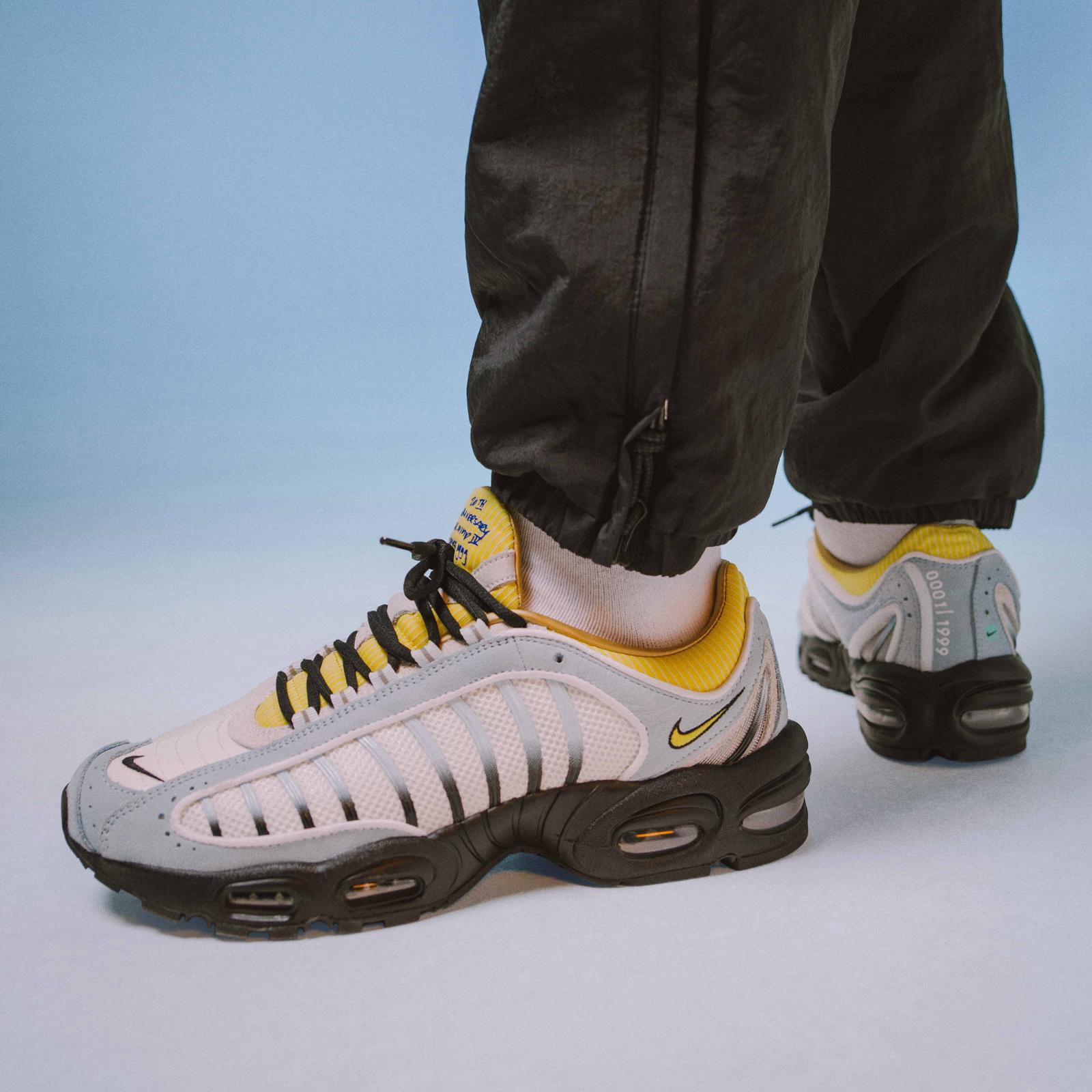 Sneakersnstuff x Nike Air Max Tailwind 20th Anniversary