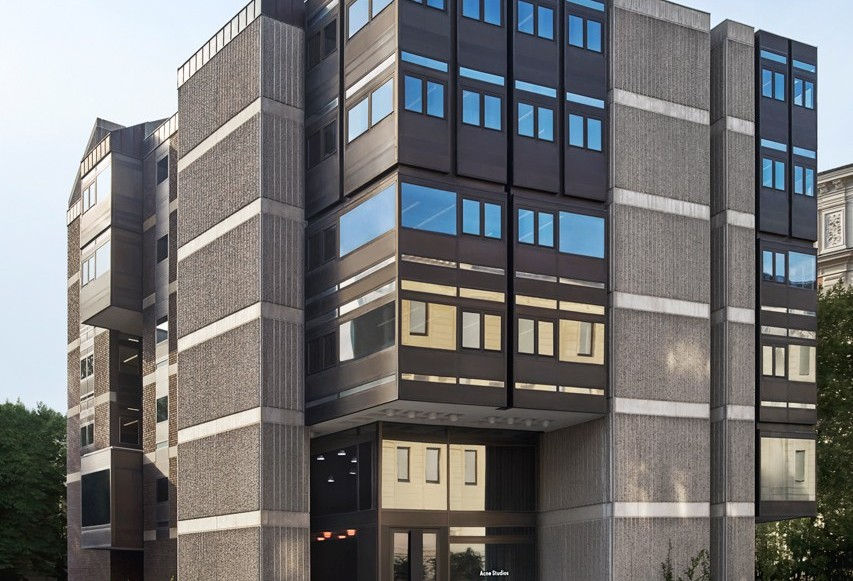 Se Acne Studios nya huvudkontor i Stockholm