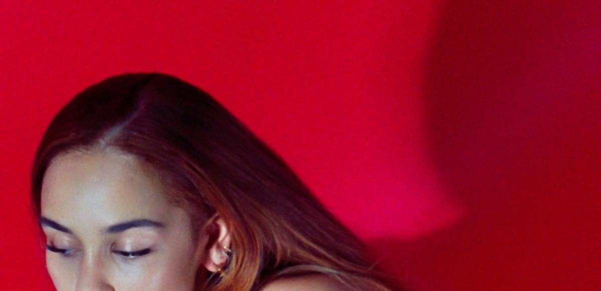 """Jorja Smith släpper """"Gone"""" & avslöjar kommande projekt"""