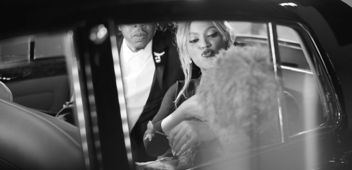 """Se Jay-Z & Beyoncé i Tiffany & Co. filmen """"Date Night"""""""